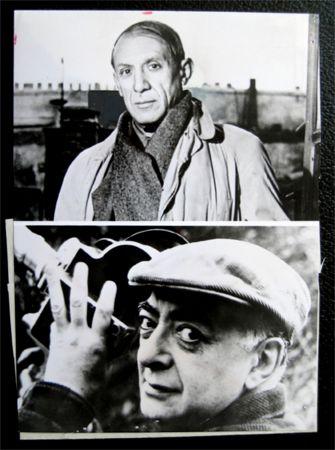 Fotografie Picasso - Picasso facing / Brassai holding his camera