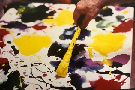 Fotografie Blum - Sam Francis painting (close up)