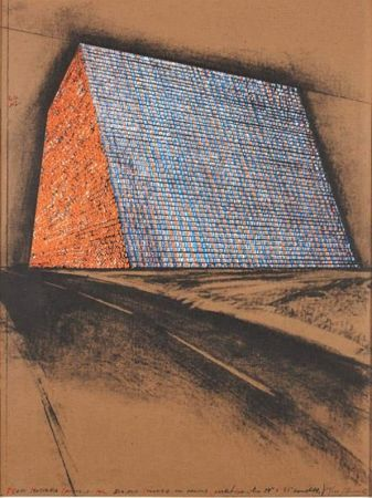 Multiple Christo - Texas Mastaba, Project for 500,000 stacked oil drums