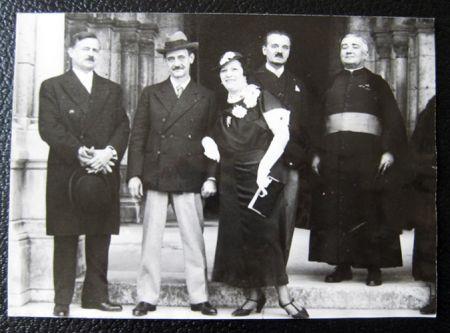 Fotografie Utrillo - The wedding of Maurice Utrillo and Lucie Valore
